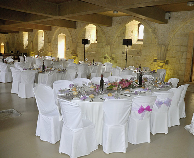 Prestations mariage lm r ception for Table ovale 12 personnes